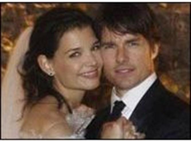 Cruise ile Holmes İtalya'da evlendi